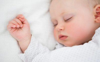 Comment lui permettre d'enchaîner ses cycles de sommeil… le jour ?
