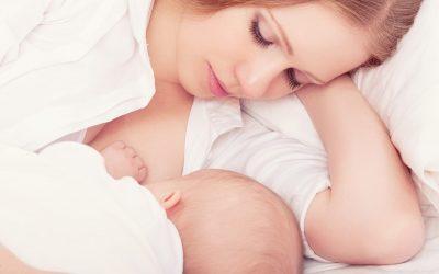Entrée en garderie et bébé ne s'endort qu'au sein… que faire ?